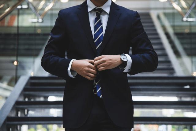 blog-highly_skilled_professional_businessman